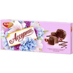 Šokolādes konfektes kastē...