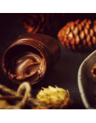 Nut and chocolate cream, nuts